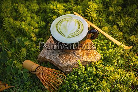 hot green matcha tea latte