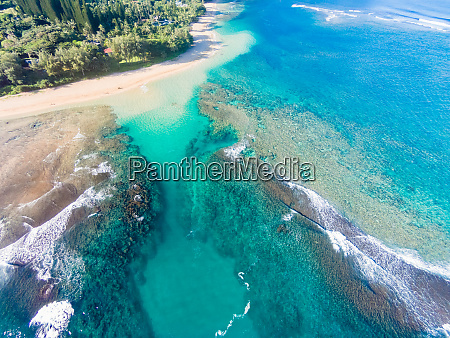 aerial view of makua reef tunnels
