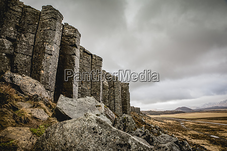gerduberg basalt columns in snaefellsnes iceland