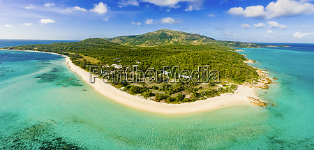 panoramic aerial view of lizard island