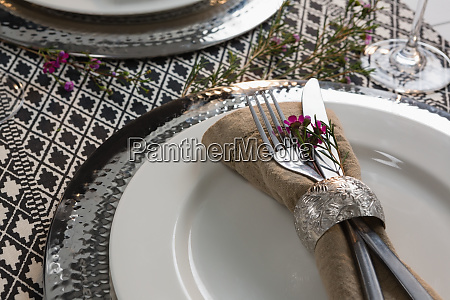 elegance table setting on tablecloth