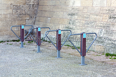 locking bicycles poles