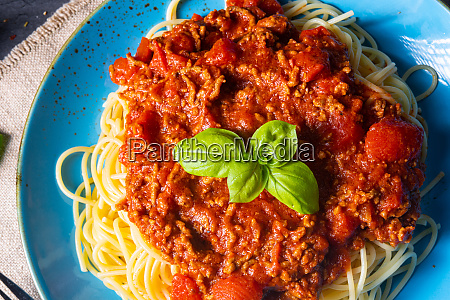 the real bolognese sauce with spaghetti