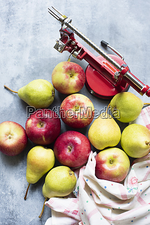 apple peeler with apples and pears
