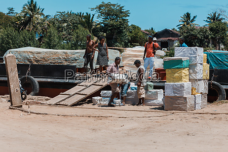 malagasy workers on main street of