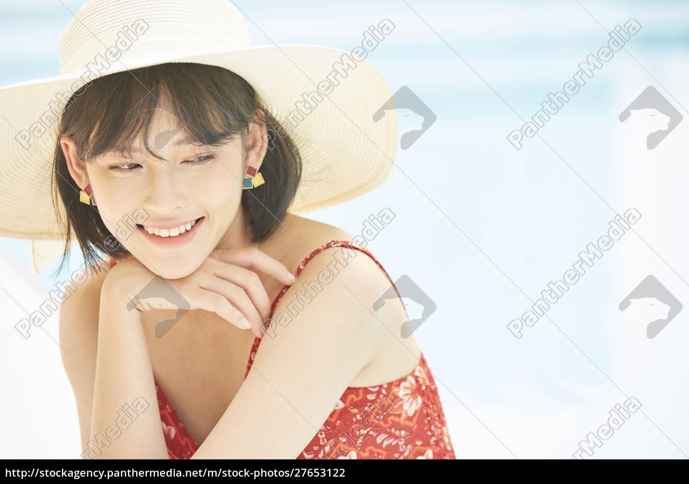 women, women's, journey, resort - 27653122