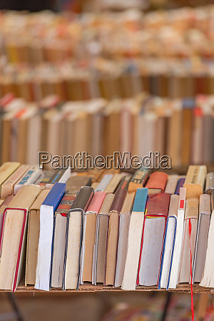 old books stall