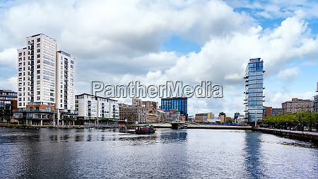 dublin docklands and river liffey republic