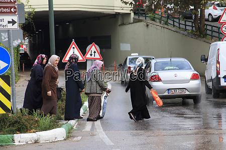turkey marmara bursa women crossing street