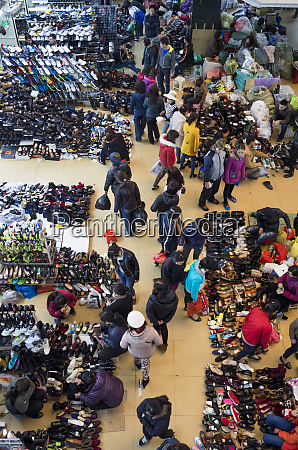 vietnam hanoi dong xuan market interior