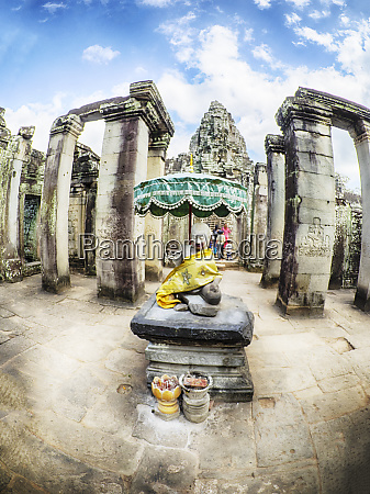 cambodia angkor watt siem reap faces