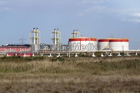 azerbaijan baku fuel storage tanks in