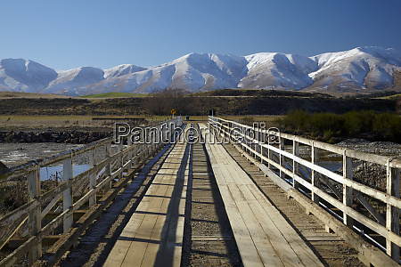 bridge over kye burn and kakanui