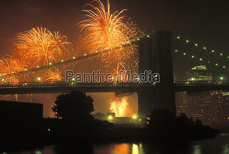 4th of july brooklyn bridge new
