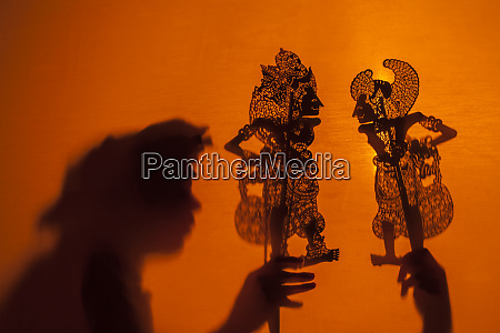 shadow puppets bali indonesia