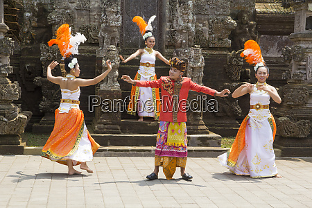 indonesia bali balinese dancers perform typical