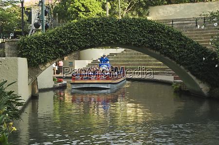 texas san antonio sightseeing barge on