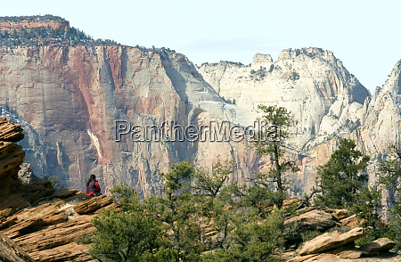 viewing the lower canyon from the