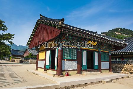 beopjusa temple complex south korea