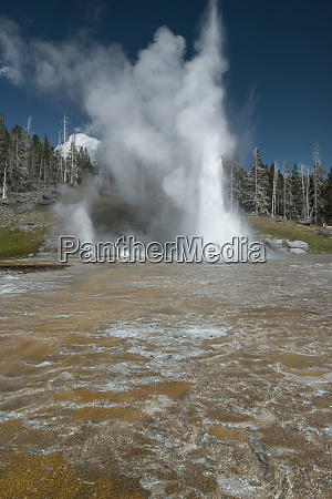 usa wyoming yellowstone national park grand