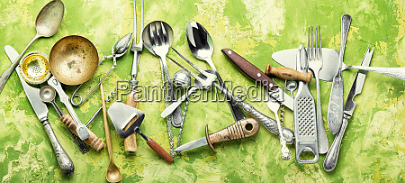 set cooking utensils