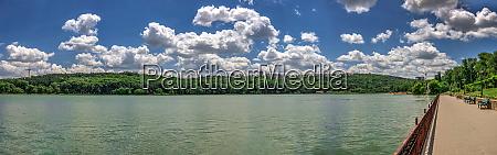 valea morilor lake in chisinau moldova