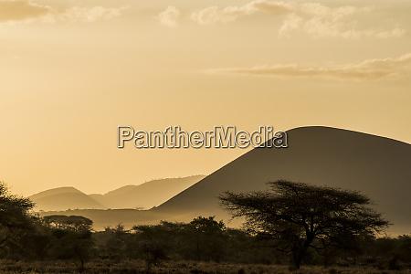 east africa kenya chyulu hills old