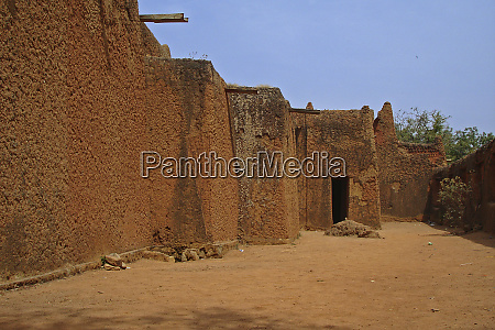 nigeria jos traditional mud brick house