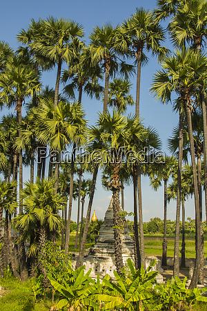 myanmar mandalay inwa bagaya teak monastery