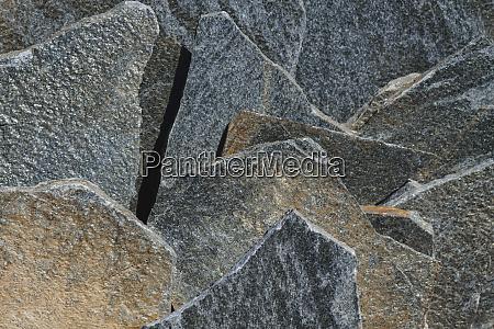 silver colored quartzite flagstone