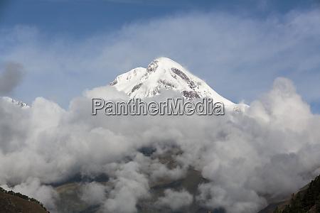 georgia mtskheta stepantsminda a mountain in