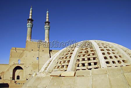 iran yazd back view of zoroastrian