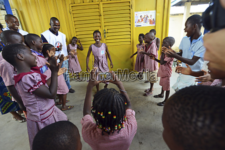 cote divoire abidjan schoolchildren in uniform
