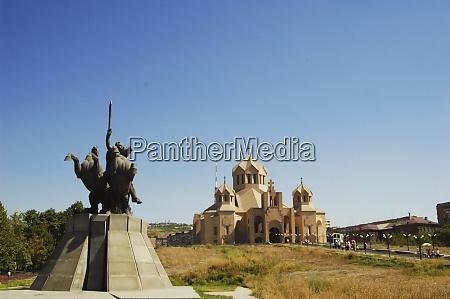 yerevan armenia statue of knights fighting