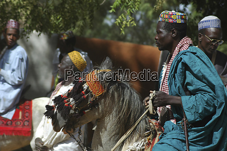 cameroon pouss african men dressed in