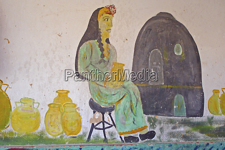 egypt luxor painting of a woman