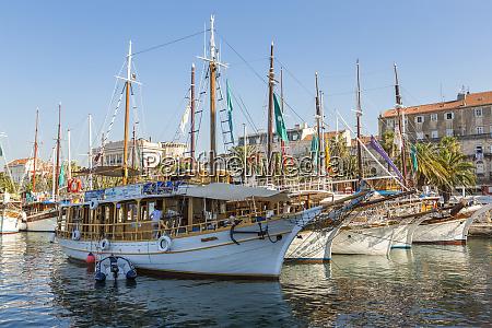 split harbor split croatia