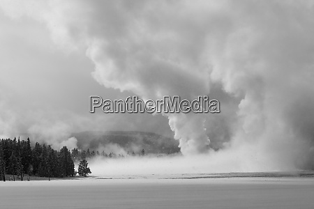 thermal landscape along the firehole river