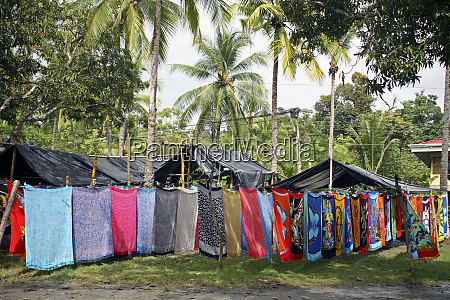 costa rica manuel antonio batiks hanging