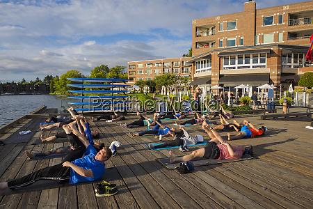 usa washington state kirkland outdoor yoga
