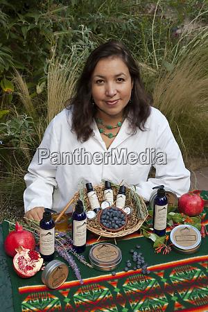 native american woman jennifer wolf ponca