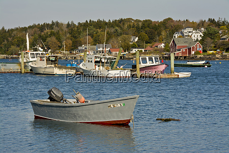 lobster boats garrison bay bailey island