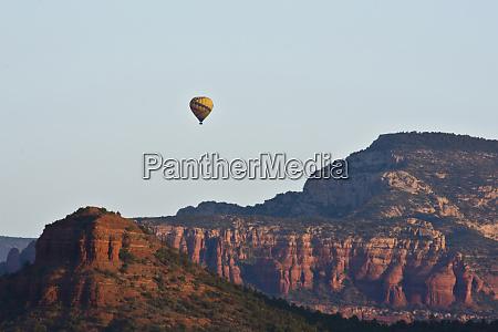 ballooning view from birch nest sedona