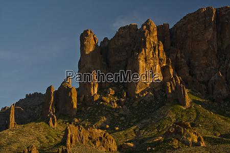 sunset flat iron mountain lost dutchman