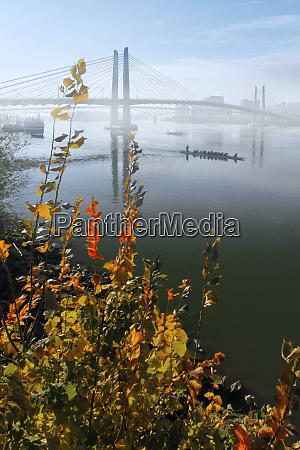usa oregon portland tilikum bridge crossing