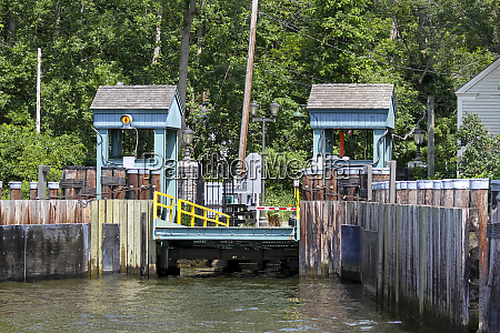 chester hadlyme ferry boat launch hadlyme