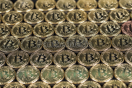 gold bitcoin coin buisness and financial