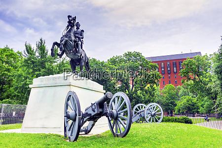 jackson statue lafayette park court of