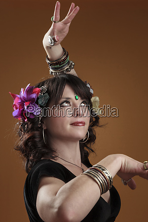 usa oregon eugene belly dancer dancing