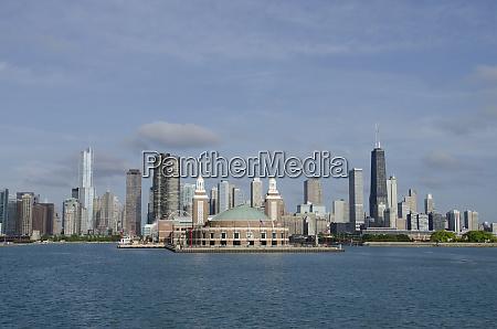 illinois chicago lake michigan view of